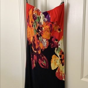 Gorgeous strapless fitted bright print Cache dress